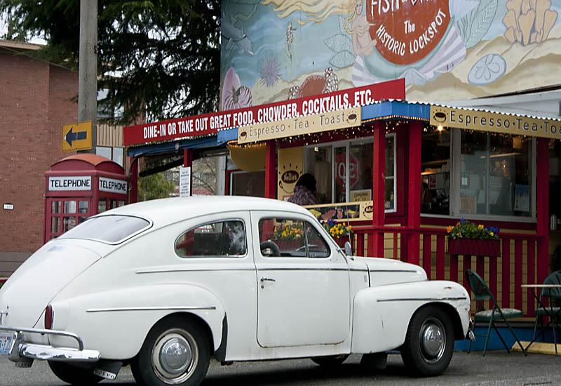 Café near the Ballard/Crittenden Locks - Seattle, WA
