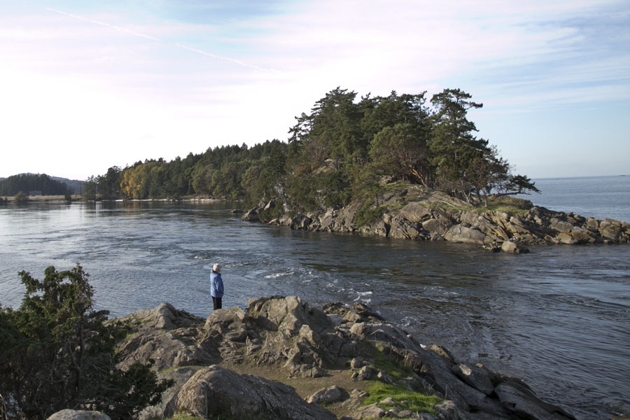 Boat pass, between Saturna and Samuel Islands. Photo by Andrée Fredette